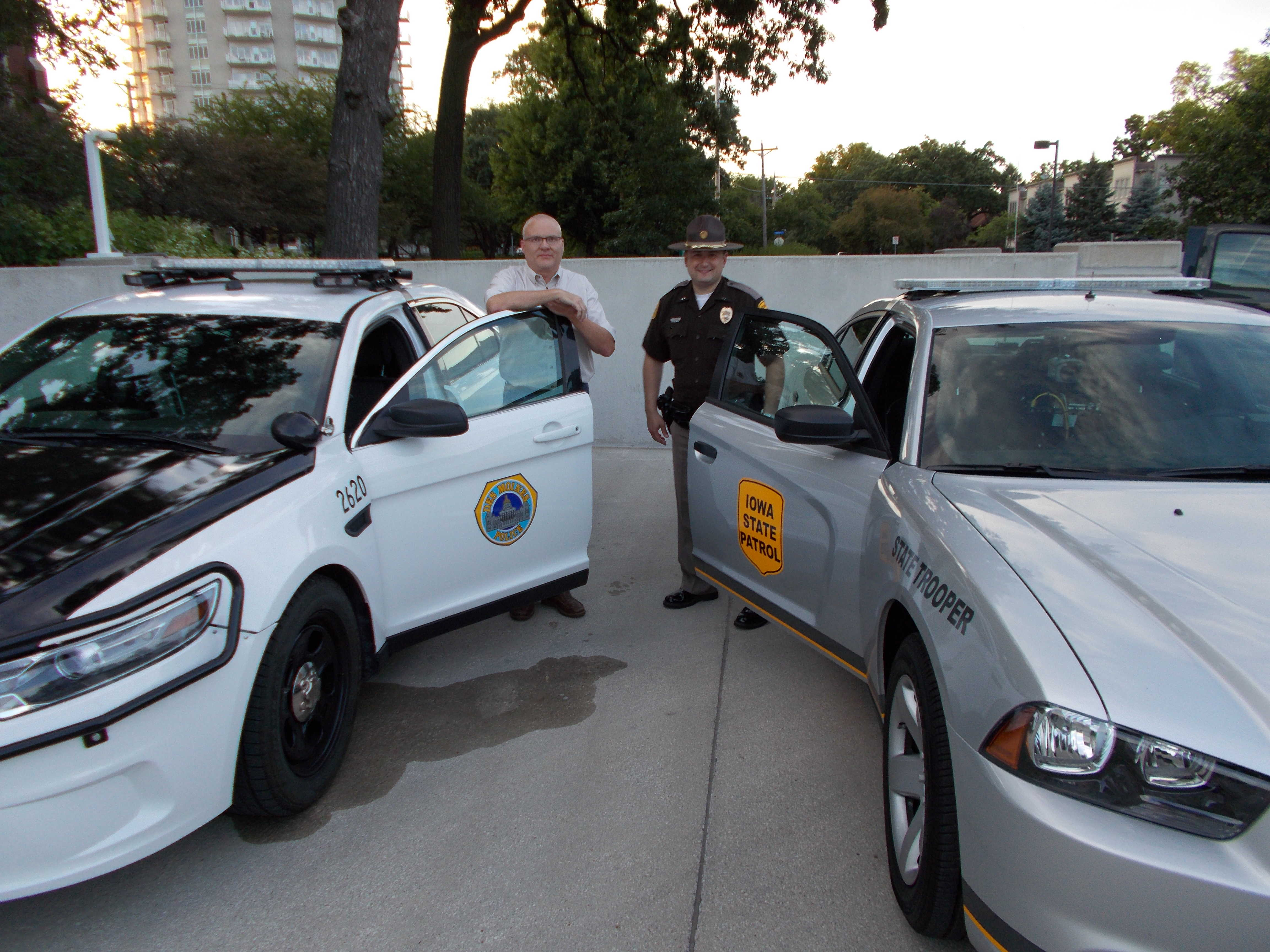 Des moines pd and iowa state patrol cars featured at 2014 for Polk county motor vehicle registration